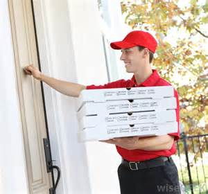 home delivery pizza what does a delivery driver do with pictures