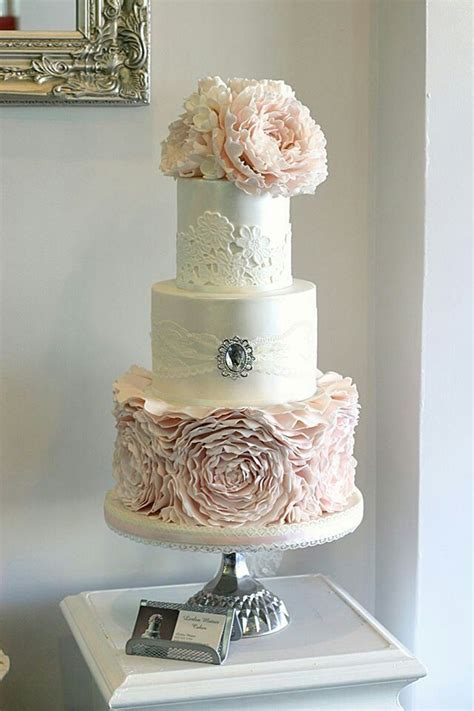 Vintage Wedding Cakes by Cakecentral Vintage Style Wedding Cakes