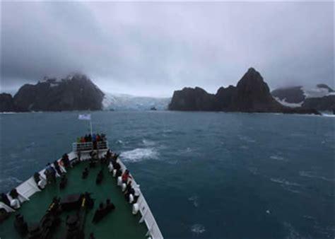 cruises  elephant island argentina elephant island cruise ship arrivals