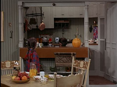 famous kitchens round 2 answers can you name that famous tv movie kitchen