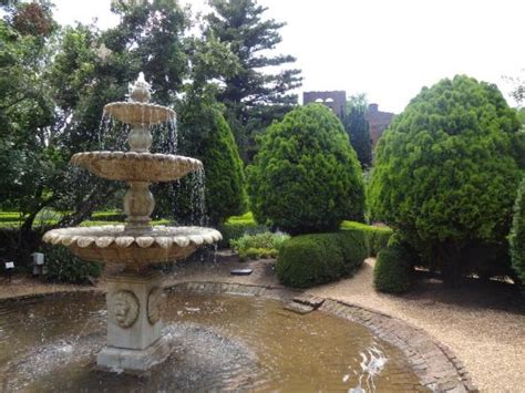 barnsley gardens lighting of the ruins view of the ruins and the garden area picture of