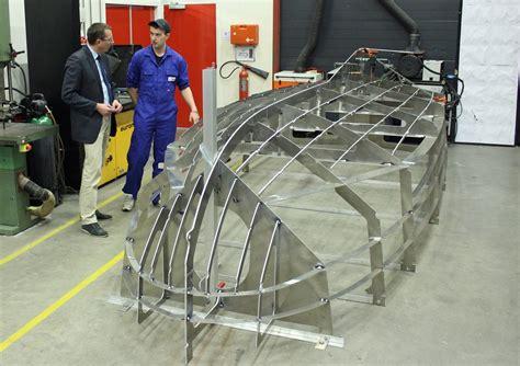 zelf boot bouwen aluminium roc friese poort sneek bouwt elektrisch aangedreven boot