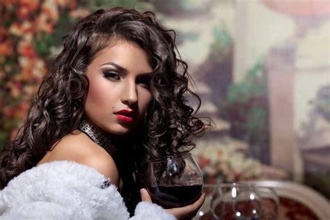 model with curly hair 5k retina ultra hd beautiful 5k retina ultra hd wallpaper and background