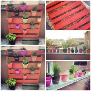 wonderful diy vertical pallet garden