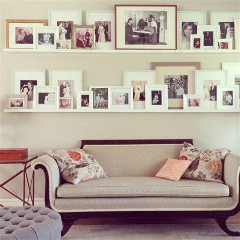 estante para cuadros ideas para decorar con estantes para cuadros