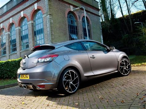 renault megane renaultsport  coupe   review