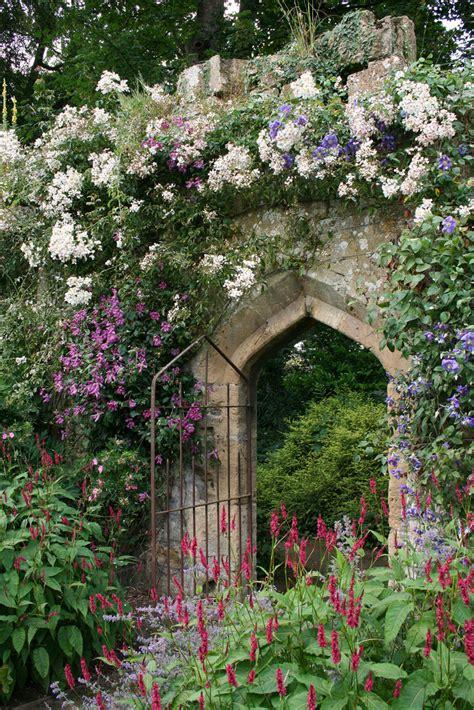 Flower Wall Murals Uk sudeley castle gardens lindsey renton flickr
