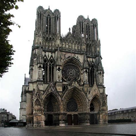gothic design this is an exle of gothic architecture found from
