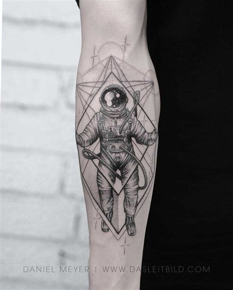 astronaut tattoo designs best tattoo ideas gallery