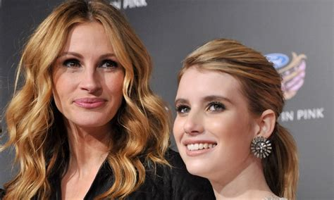 emma roberts julia roberts film emma roberts on taking style cues from aunt julia roberts