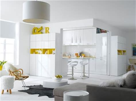 cuisine blanche et jaune la cuisine blanche confirme style de d 233 co tendance