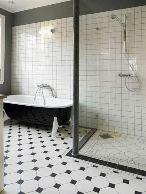 Exceptionnel Carrelage Salle De Bain Style Ancien #1: carrelage-damier-noir-et-blanc-salle-de-bain-originale.jpg