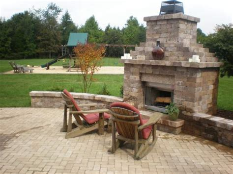 chimney outdoor fireplace sitting wall paver patio