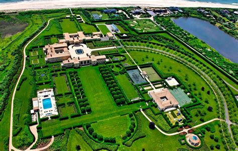 the biggest house biggest house in the world luxurious abode of the rich famous