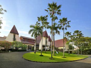 hotel surabaya: novotel for business travel or a weekend