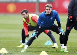 manchester united bench manchester united stopper dean henderson could play in cup