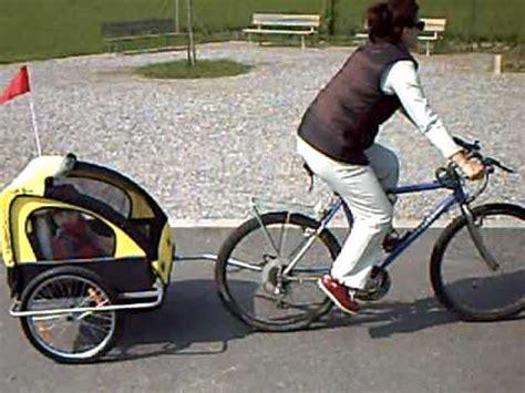 carrello porta cani per bici carrello porta bimbo per bicicletta ammortizzato 25apr10