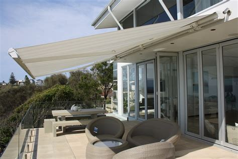 Retracable Awnings by Retractable Awnings Awnings All Awnings