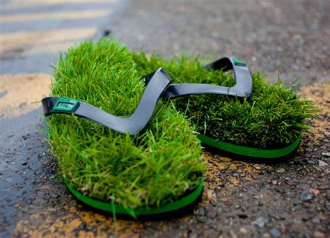 grass slippers these flip flops make you feel like you re walking on