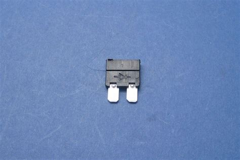 12 volt diode automotive diode blade type
