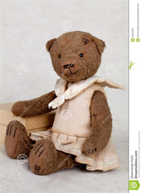 Teddy Handmade - portrait of fashioned teddy stock image image
