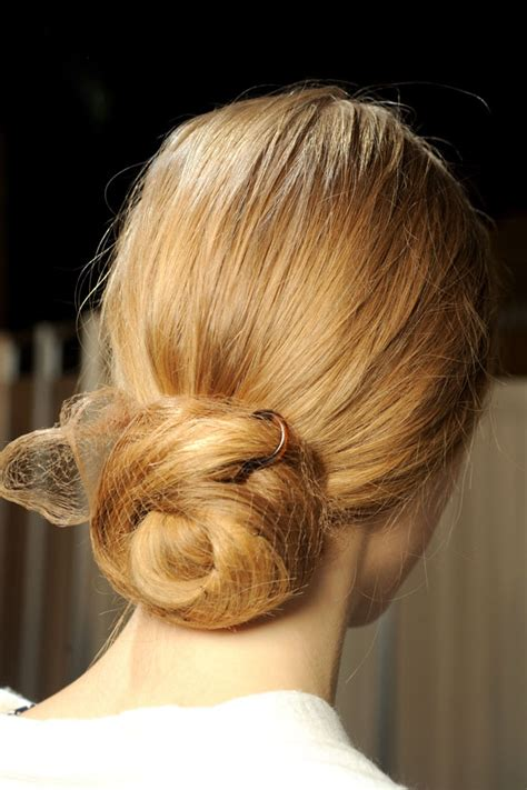 pictures of buns at the nape of the neck daily fashion news wedding hairstyles 2013