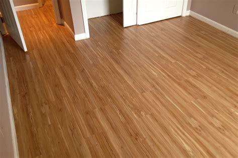floating vinyl tile flooring alyssamyers