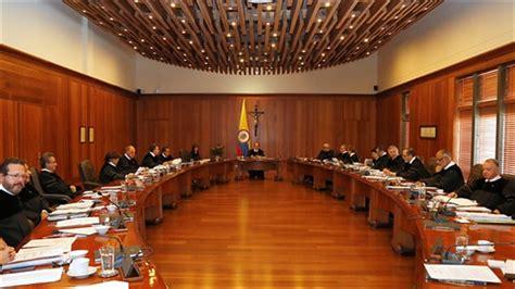 corte suprema italia colombia presunta falsificazione di testimoni l ex