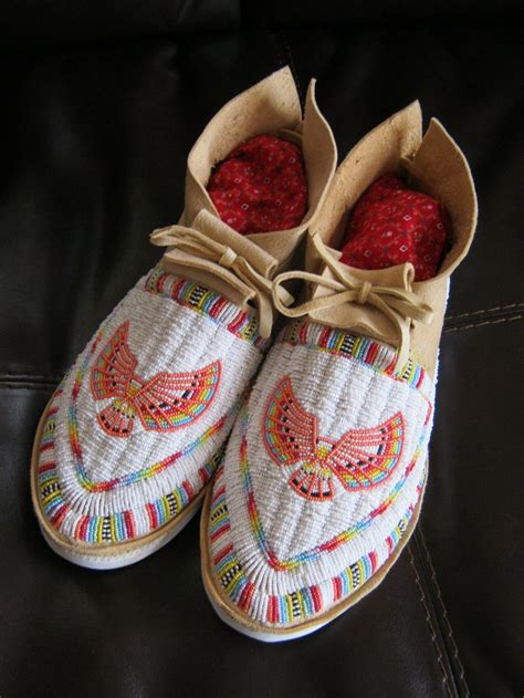 beaded moccasins 158 best images about moccasins on claws