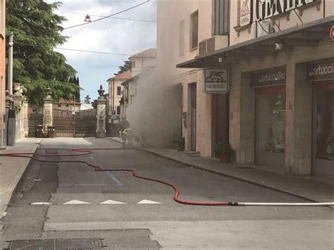libreria leoni thiene thiene incendio alla libreria leoni altovicentinonline