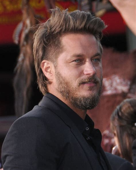 what is going on with travis fimmels hair in vikings travis fimmel vikings actor discussion thread travis