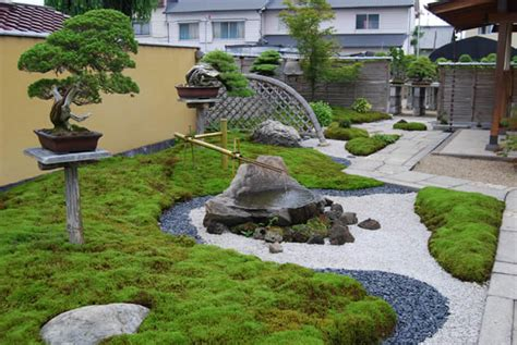 Japanese Garden Design Ideas For Small Gardens 20 Backyard Landscapes Inspired By Japanese Gardens