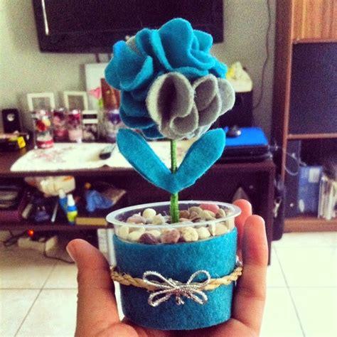 souvenir bunga pot bunga flanel tabung mika