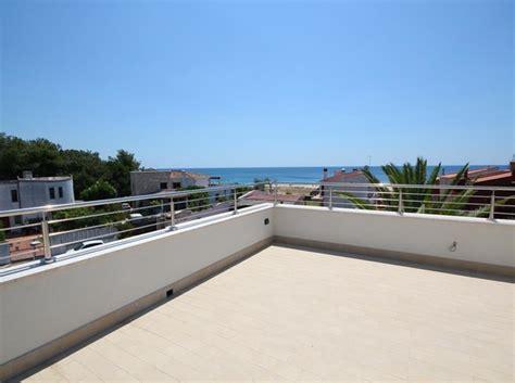 parapetto terrazzo parapetto inox 316 lucido con vista sul mare misterinox it