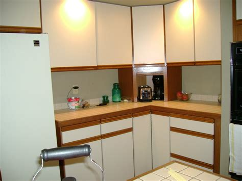 before and after pictures of painted kitchen cabinets sloan chalk paint kitchen cabinets before and after