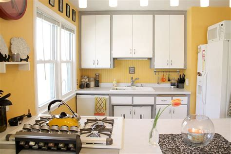 yellow and grey kitchen 11 trendy ideas that bring gray and yellow to the kitchen