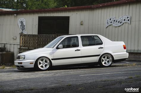 white clean mk3 jetta dakos3