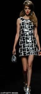monochrome dress by miulan milan fashion week moschino brings the swinging 60s back