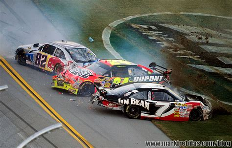 boat crash hamlin countdown to daytona page 4 racing forums