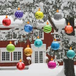 Outdoor Christmas Ornaments by Outdoor Christmas Decorating Ideas