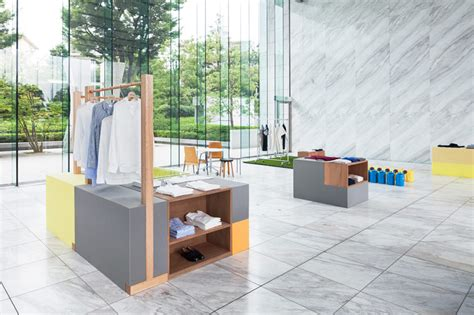 Lasu Mba Form by ワールドベーシックス スキーマ建築計画によるポップアップ ファッション エキシビション Tokyo Design