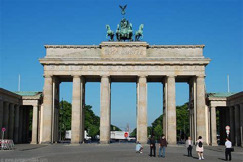 porta di brandeburgo mappa brandenburg gate berlin