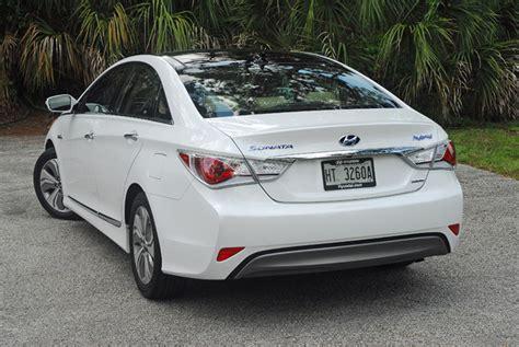 2013 Hyundai Sonata Hybrid Review by 2013 Hyundai Sonata Hybrid Limited Review Test Drive