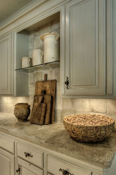 country kitchen cabinet hardware 25 best ideas about french kitchens on pinterest french