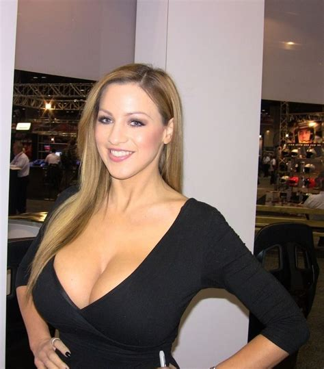 heavy bobs the beauty that is big women big boobs and mature top