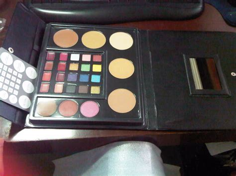 Harga Pac Make Up harga makeup kit professional wardah mugeek vidalondon