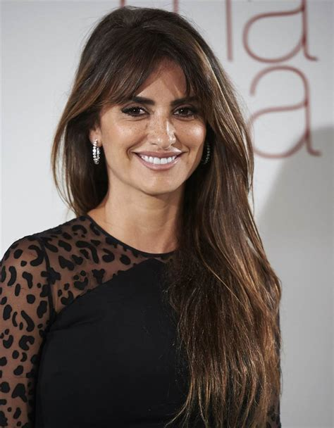 hairstyles for bed wiki how how to get penelope cruz hair thick long hairstyles for