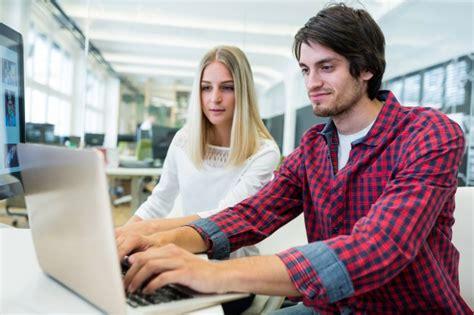 imagenes mujeres y hombres trabajando ejecutivos de negocios hombres y mujeres trabajando en la