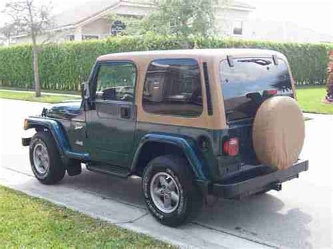 sell used 1998 sport with paint automatic 2 top s 4x4 6cly 4 0l in pompano