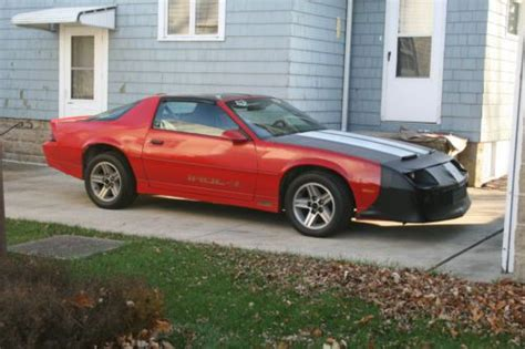 how do i learn about cars 1986 chevrolet corvette engine control find used 1986 chevy camaro iroc z 28 t tops 350 race car clean interior runs great in bellevue